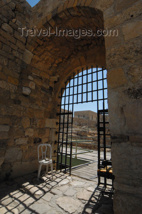 jordan146: Al Karak - Jordan: Crac des Moabites castle - gate house - photo by M.Torres - (c) Travel-Images.com - Stock Photography agency - Image Bank