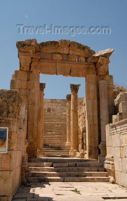 jordan173: Jerash - Jordan: Byzantine cathedral Propylaeum - former Roman Temple of Dionysus - Roman city of Gerasa - photo by M.Torres - (c) Travel-Images.com - Stock Photography agency - Image Bank