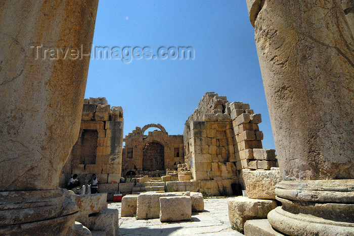 jordan182: Jerash - Jordan: Byzantine church of St John the Bapstist, seen from the temple of Artemis - Roman city of Gerasa - photo by M.Torres - (c) Travel-Images.com - Stock Photography agency - Image Bank