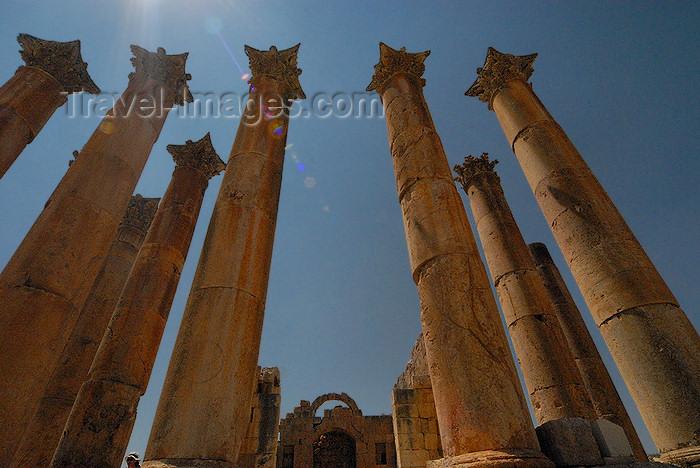 jordan183: Jerash - Jordan: Temple of Artemis - Roman city of Gerasa - photo by M.Torres - (c) Travel-Images.com - Stock Photography agency - Image Bank