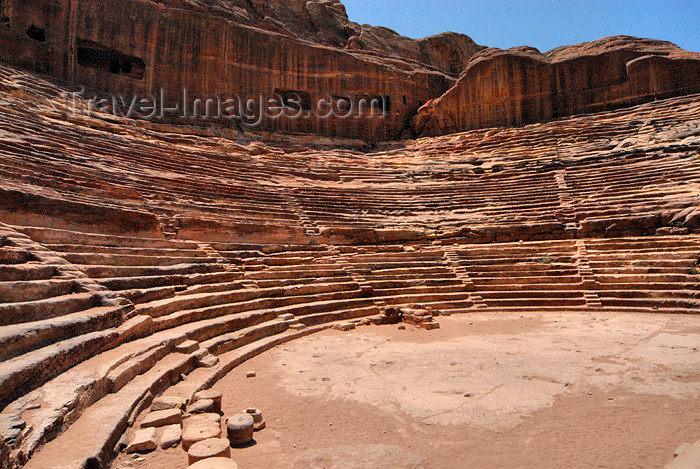 jordan19: Jordan - Petra: stone carved amphitheatre, seating capacity of over 6,000 - built in the 1st century AD - the 45 rows of seats are divided horizontally by two diazomata - photo by M.Torres                        - (c) Travel-Images.com - Stock Photography agency - Image Bank
