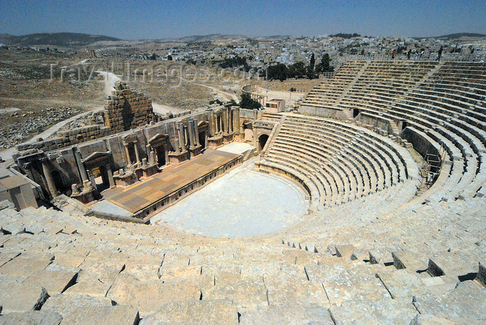 jordan191: Jerash - Jordan: South theatre - built during the reign of Emperor Domitian, seats 3000 spectators - Roman city of Gerasa - photo by M.Torres - (c) Travel-Images.com - Stock Photography agency - Image Bank