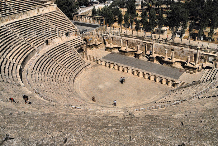 jordan200: Amman - Jordan: - Roman Theatre - the impressive relic of ancient Philadelphia - photo by M.Torres - (c) Travel-Images.com - Stock Photography agency - Image Bank