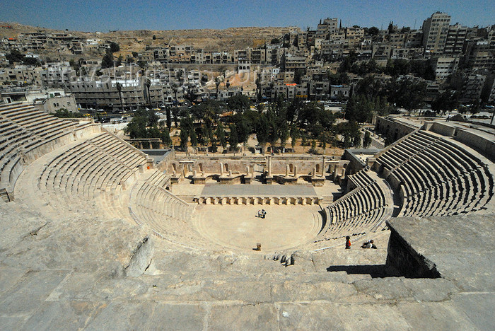 jordan201: Amman - Jordan: - Roman Theatre - built during the reign of Antonius Pius (138-161 CE) - photo by M.Torres - (c) Travel-Images.com - Stock Photography agency - Image Bank