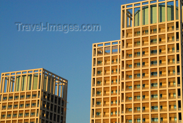 jordan205: Amman - Jordan: Zara Towers - architect: Skidmore, Owings & Merrill LLP - photo by M.Torres - (c) Travel-Images.com - Stock Photography agency - Image Bank