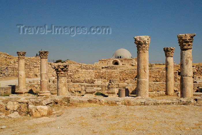 jordan220: Amman - Jordan: Byzantine Church with the Umayyad palace in the background - citadel - photo by M.Torres - (c) Travel-Images.com - Stock Photography agency - Image Bank