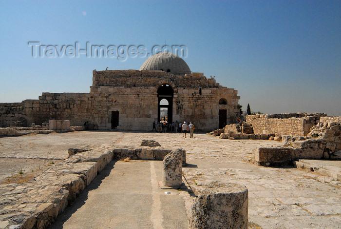 jordan227: Amman - Jordan: Umayyad palace - rear view - citadel - photo by M.Torres - (c) Travel-Images.com - Stock Photography agency - Image Bank