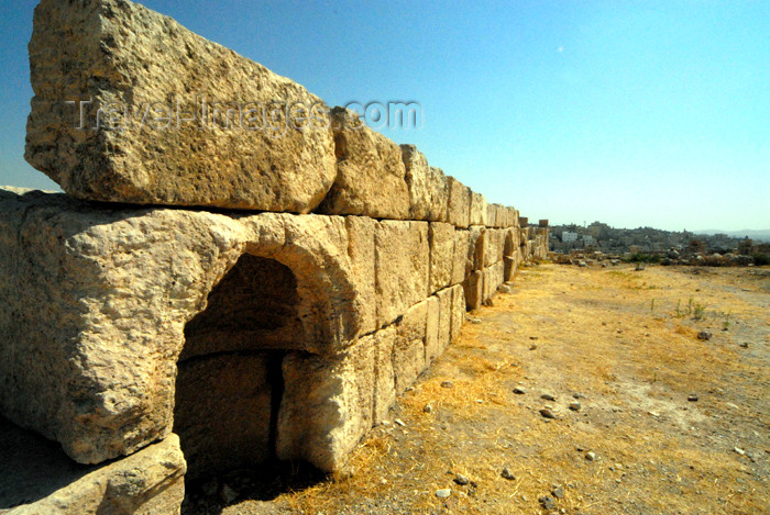 jordan229: Amman - Jordan: long wall - citadel - photo by M.Torres - (c) Travel-Images.com - Stock Photography agency - Image Bank