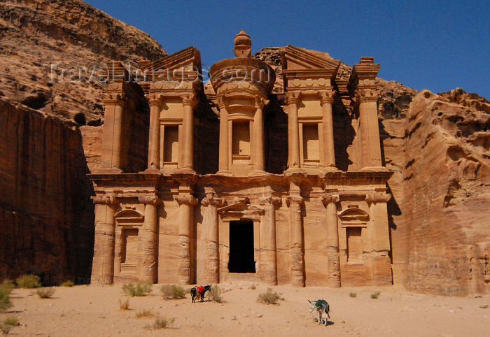 jordan24: Jordan - Petra: Ad Deir, the Monastery - mausoleum for Nabataean King Rabbel I or for the cult of Obodas I - UNESCO world heritage site - Ed Deir - Al Deir - photo by  M.Torres - (c) Travel-Images.com - Stock Photography agency - Image Bank