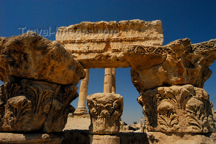 jordan241: Amman - Jordan: capitals by the Temple of Hercules - citadel - photo by M.Torres - (c) Travel-Images.com - Stock Photography agency - Image Bank