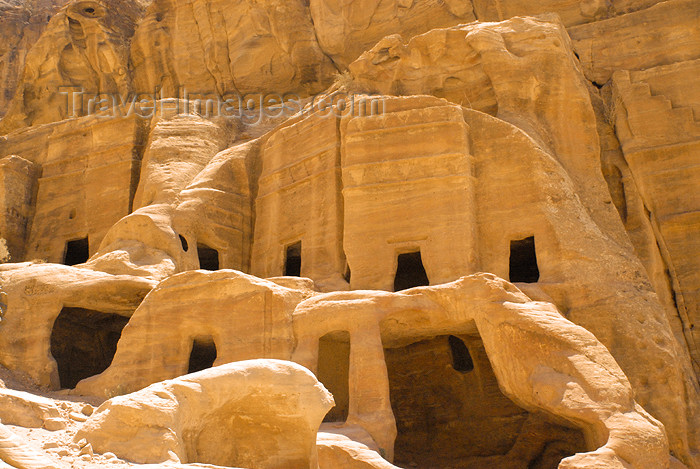 jordan266: Jordan - Petra: cluster of tombs - Street of Facades - photo by M.Torres - (c) Travel-Images.com - Stock Photography agency - Image Bank