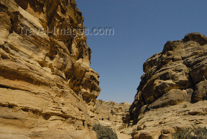 jordan276: Jordan - Petra: Wadi ad Deir - photo by M.Torres - (c) Travel-Images.com - Stock Photography agency - Image Bank