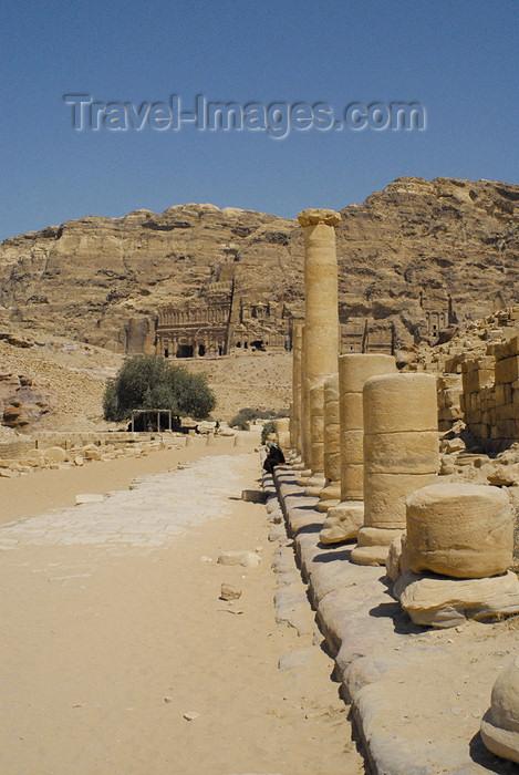jordan286: Jordan - Petra: Colonnaded Street - photo by M.Torres - (c) Travel-Images.com - Stock Photography agency - Image Bank