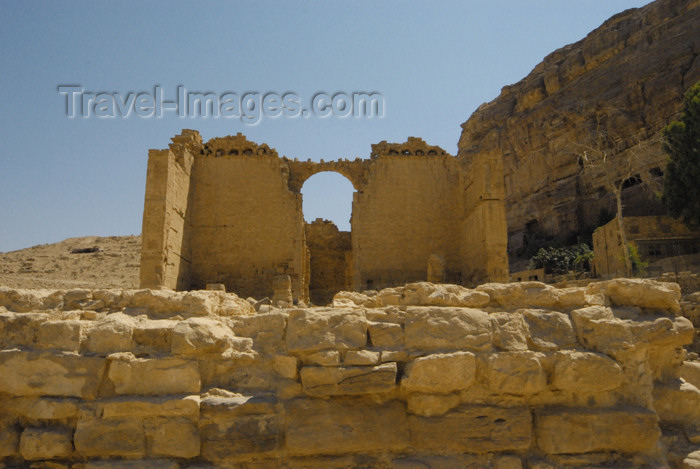 jordan290: Jordan - Petra:  Qasr al-Bint Firaun - photo by M.Torres - (c) Travel-Images.com - Stock Photography agency - Image Bank