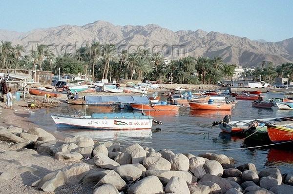 jordan36: Jordan - Aqaba / Akkaba / Al Aqabah: the harbour - photo by J.Kaman - (c) Travel-Images.com - Stock Photography agency - Image Bank