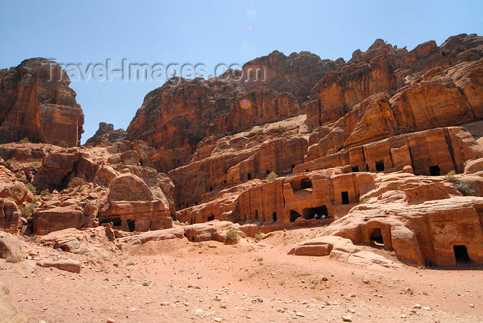 jordan48: Jordan - Petra: Nabataean rock tombs - Street of Facades - Outer Siq, section of Wadi Musa between the Khazneh and the Theatre - photo by M.Torres         - (c) Travel-Images.com - Stock Photography agency - Image Bank