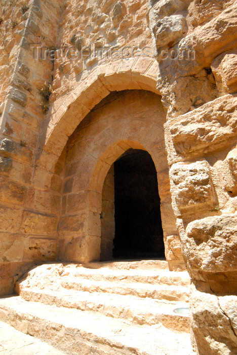 jordan69: Ajlun - Jordan: Ajlun castle - gate, once protected by a portcullis, mounted in the vertical groove s- photo by M.Torres - (c) Travel-Images.com - Stock Photography agency - Image Bank