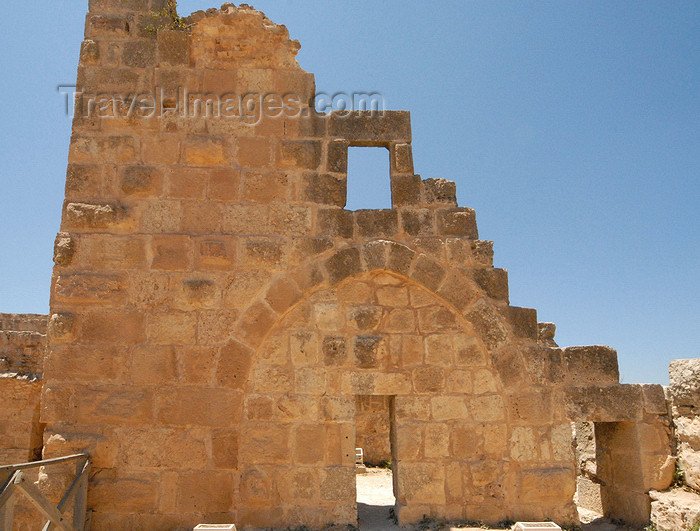 jordan76: Ajlun - Jordan: Ajlun castle - ruins of a tower - photo by M.Torres - (c) Travel-Images.com - Stock Photography agency - Image Bank
