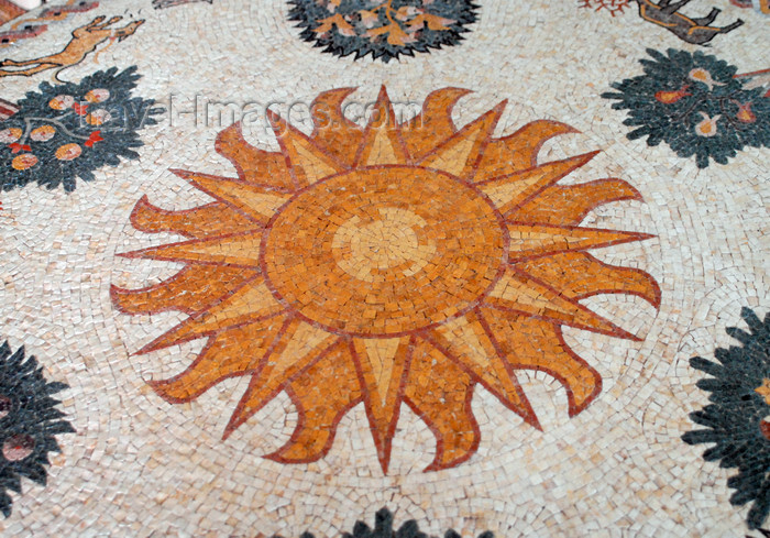 jordan92: Madaba - Jordan: modern mosaic with the sun - photo by M.Torres - (c) Travel-Images.com - Stock Photography agency - Image Bank