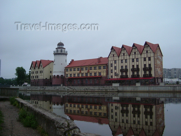 kaliningrad17: Kaliningrad / Königsberg, Russia: Fish Village quarter - lighthouse - ethnographic and trading-craft centre - Hanseatic city on the Pregolya river / Dorf Fisch Quartal - Leuchtturm - ethnographische und Handel-Handwerk-Center - photo by P.Alanko - (c) Travel-Images.com - Stock Photography agency - Image Bank
