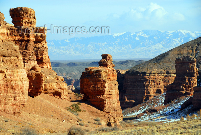 kazakhstan109: Kazakhstan, Charyn Canyon: way down to the Valley of the castles - in the background the Tian Shan mountains, marking the border with China - photo by M.Torres - (c) Travel-Images.com - Stock Photography agency - Image Bank