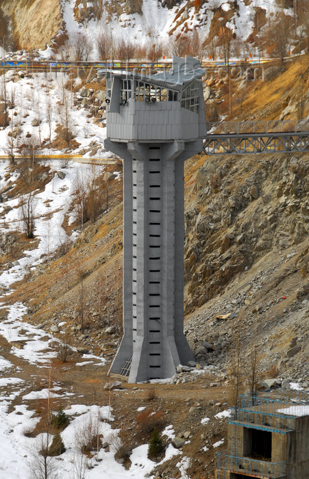 kazakhstan124: Kazakhstan - Chimbulak ski-resort, Almaty: tower above the dam - photo by M.Torres - (c) Travel-Images.com - Stock Photography agency - Image Bank