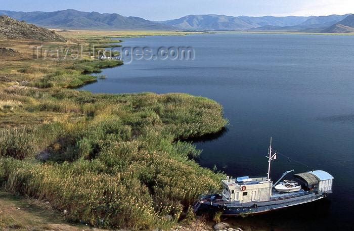 kazakhstan20: Eastern Kazakhstan - Lake Markakol: fishing boat - mountain lake -  Markakol Sanctuary - South Altai - photo by Vladimir Sidoropolev - (c) Travel-Images.com - Stock Photography agency - Image Bank