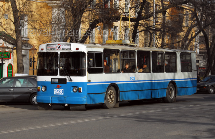 kazakhstan204: Kazakhstan, Almaty: trolley bus - photo by M.Torres - (c) Travel-Images.com - Stock Photography agency - Image Bank