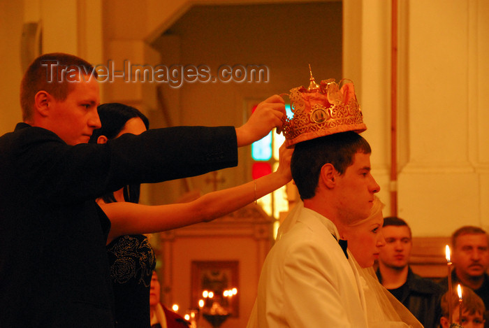 kazakhstan238: Kazakhstan, Almaty:  Holy Ascension Russian Orthodox Cathedral - wedding - the crowns - photo by M.Torres - (c) Travel-Images.com - Stock Photography agency - Image Bank