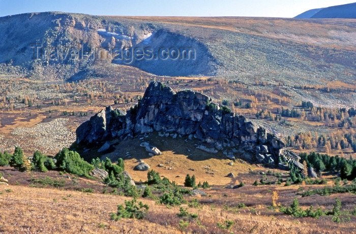 kazakhstan28: CIS - Kazakhstan - Altay Mountains: rock outcrop - photo by V.Sidoropolev - (c) Travel-Images.com - Stock Photography agency - Image Bank