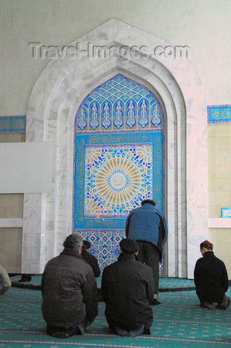 kazakhstan336: Kazakhstan, Almaty:  Central Mosque - men praying - photo by M.Torres - (c) Travel-Images.com - Stock Photography agency - Image Bank