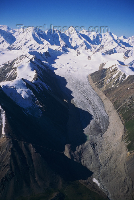 kazakhstan40: Kazakhstan - Tian-Shan range: a glacier valley - photo by E.Petitalot - (c) Travel-Images.com - Stock Photography agency - Image Bank
