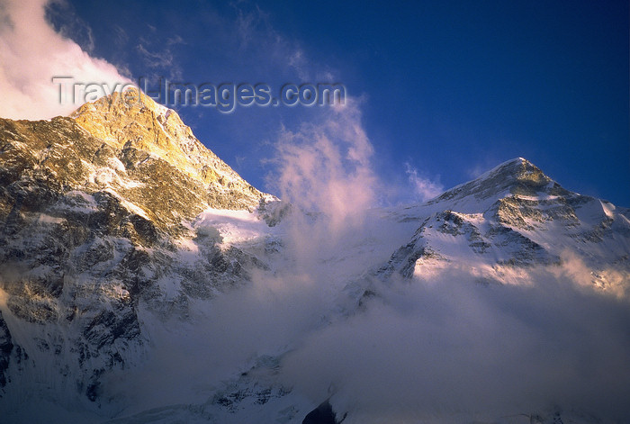 kazakhstan52: Kazakhstan - Tian Shan mountain range: the windy Khan Tengri mountain - photo by E.Petitalot - (c) Travel-Images.com - Stock Photography agency - Image Bank