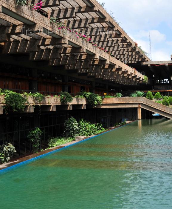 kenya121: Nairobi, Kenya: Kenyatta International Conference Center - City Square - pond and pergola - photo by M.Torres - (c) Travel-Images.com - Stock Photography agency - Image Bank
