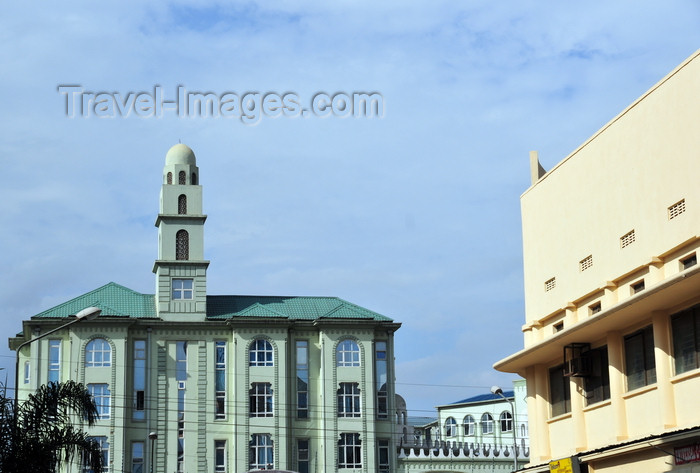 kenya138: Nairobi, Kenya: Bohra mosque, Timboroa Rd - photo by M.Torres - (c) Travel-Images.com - Stock Photography agency - Image Bank