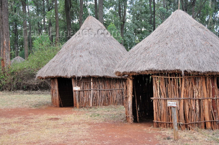 kenya168: Langata, Nairobi, Kenya: Taita village - Bomas of Kenya cultural complex - open-air museum - Boma means homestead in Swahili - photo by M.Torres - (c) Travel-Images.com - Stock Photography agency - Image Bank