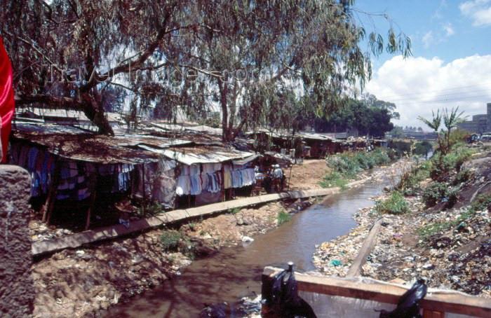 kenya29: East Africa - Kenya - Nairobi: the Nairobi river (photo by F.Rigaud) - (c) Travel-Images.com - Stock Photography agency - Image Bank