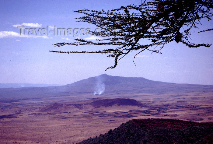 kenya52: Kenya - the Rift Valley - photo by F.Rigaud - (c) Travel-Images.com - Stock Photography agency - Image Bank