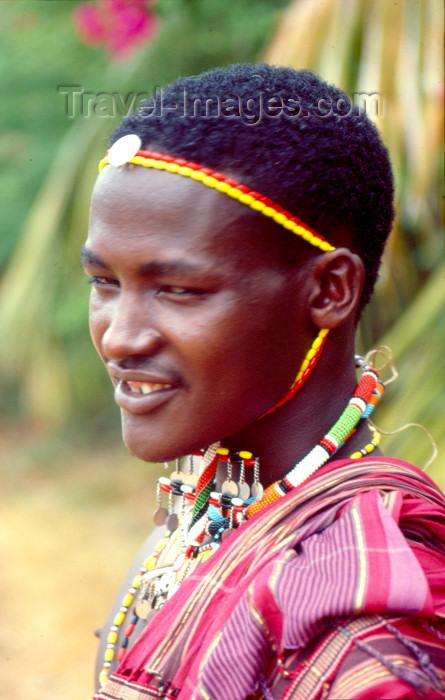 kenya65: East Africa - Kenya - Mtwapa, Kilifi District, Coast province: Maasai / Masai warrior - tribesman (photo by F.Rigaud) - (c) Travel-Images.com - Stock Photography agency - Image Bank