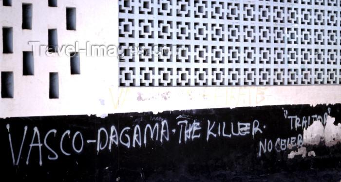 kenya70: East Africa - Kenya - Malindi / Melinde, Coast province: anti Vasco da Gama graffiti - a 500 year old grudge! / grafiti contra Vasco da Gama - photo by F.Rigaud - (c) Travel-Images.com - Stock Photography agency - Image Bank