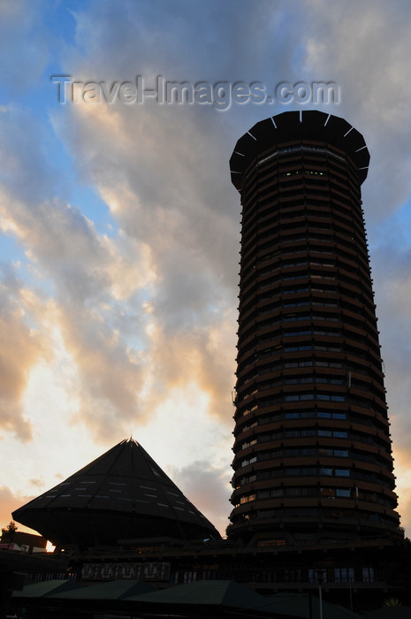 kenya88: Nairobi, Kenya: KICC silhouette - Kenyatta International Conference Center - City Square - photo by M.Torres - (c) Travel-Images.com - Stock Photography agency - Image Bank