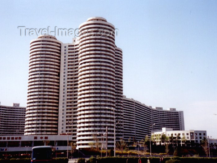 korean107: North Korea / DPRK - Pyongyang: Cylinders - Housing estate (photo by M.Torres) - (c) Travel-Images.com - Stock Photography agency - Image Bank