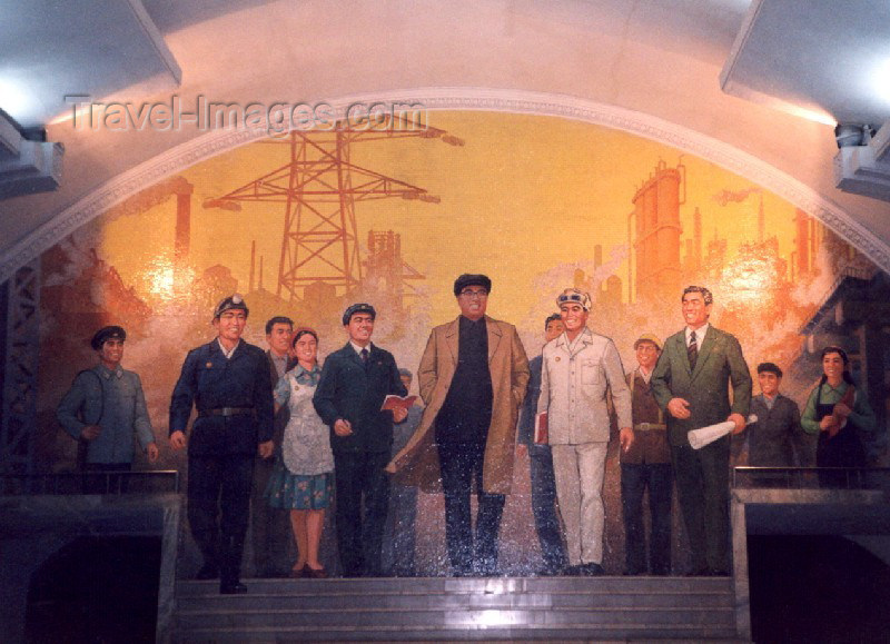 korean113: North Korea / DPRK - Pyongyang: the Metro - the Great Leader Kim Il Sung among workers - Puhung station (photo by M.Torres) - (c) Travel-Images.com - Stock Photography agency - Image Bank