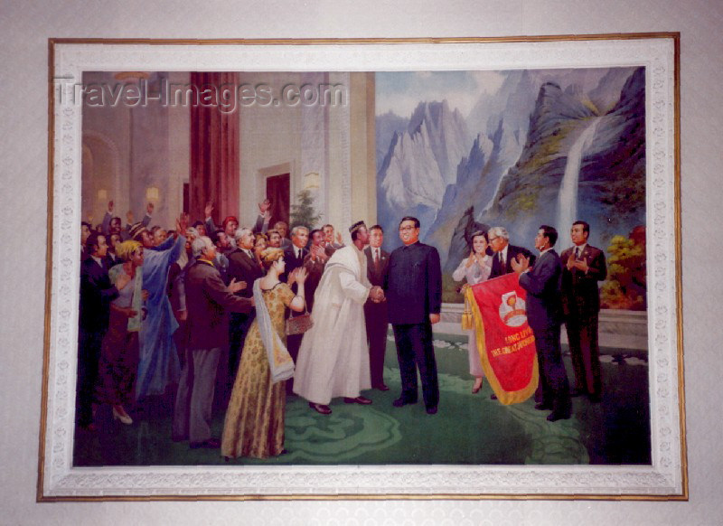 korean70: Democratic People's Republic of Korea - DPRK / Kaesong: grand painting at the hotel's reception - the world greets Kim Il Sung and the Juche Idea (photo by M.Torres) - (c) Travel-Images.com - Stock Photography agency - Image Bank