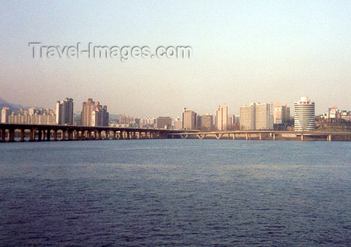 koreas10: Asia - South Korea - Seoul: Mapo bridge over the Han-Gang river - photo by M.Torres - (c) Travel-Images.com - Stock Photography agency - Image Bank