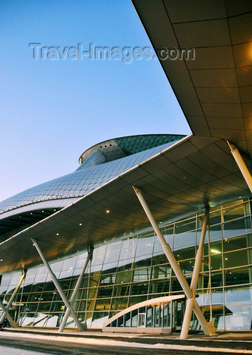 koreas81: Incheon, South Korea: dawn at Incheon International Airport - ICN - Transportation Center - modern architecture - photo by M.Torres - (c) Travel-Images.com - Stock Photography agency - Image Bank