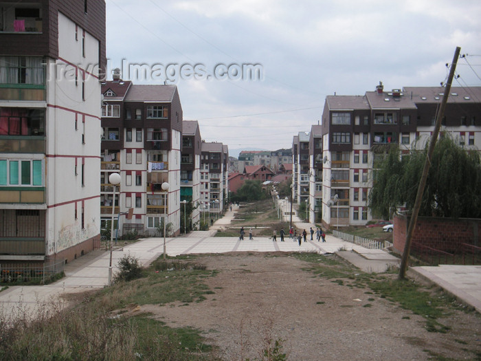 kosovo30: Kosovo - Pristina: residential area - photo by A.Kilroy - (c) Travel-Images.com - Stock Photography agency - Image Bank