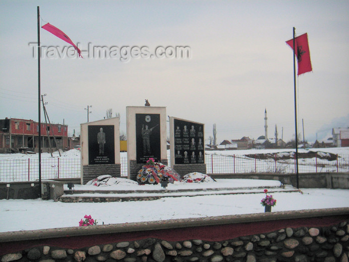kosovo36: Kosovo: UCK memorial - KLA - Kosovo Liberation Army - Ushtria Clirimtare e Kosovoes - photo by A.Kilroy - (c) Travel-Images.com - Stock Photography agency - Image Bank
