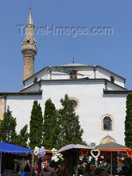 kosovo57: Kosovo - Pec / Peja: Bajrakli Mosque - photo by J.Kaman - (c) Travel-Images.com - Stock Photography agency - Image Bank