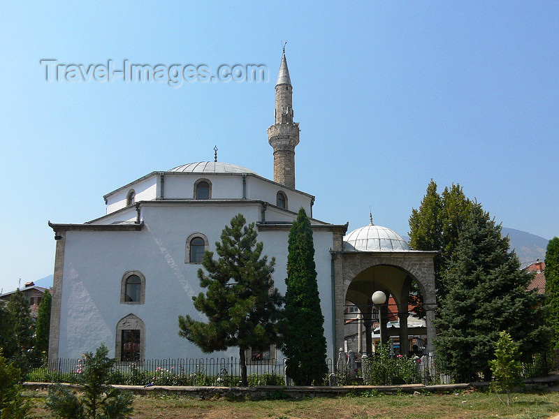 kosovo58: Kosovo - Pec / Peja: Bajrakli Mosque - side view - photo by J.Kaman - (c) Travel-Images.com - Stock Photography agency - Image Bank